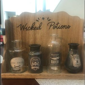BRAND NEW wicked potions stand & 4 potions TARGET
